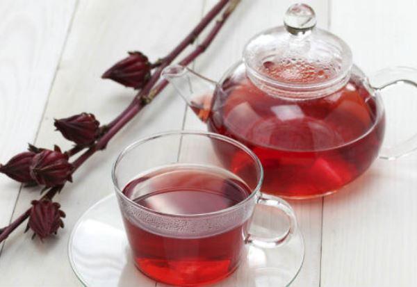 Chá-de-Hibisco-combate-o-acúmulo-de-gordura-localizada-abdominal
