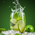 Os 14 Motivos Para Beber Água Com Limão Pela Manhã