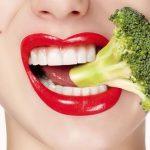 Os 10 Alimentos Para Clarear os Dentes Naturalmente