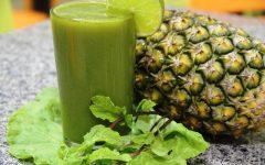 Suco Detox de Abacaxi Com Couve Para Emagrecer