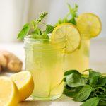 Suco Detox Com Gengibre e Limão e Hortelã Para Perder Barriga