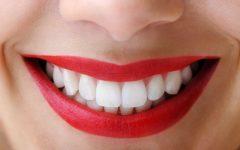 Os 7 Alimentos Para Clarear os Dentes Naturalmente