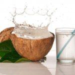Suco Detox de Água de Coco Para Desintoxicar o Organismo