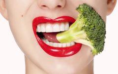 Os 7 Alimentos Que Ajudam a Clarear os Dentes